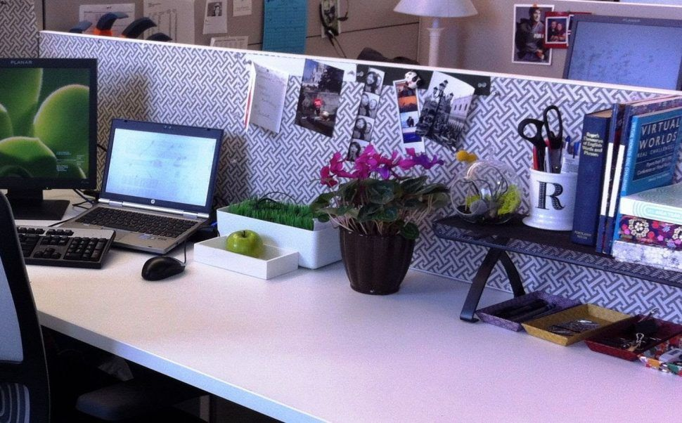 Office Simple Cubicle Decorating Ideas With Mural Wallpaper Gorgeous Desk Design For You