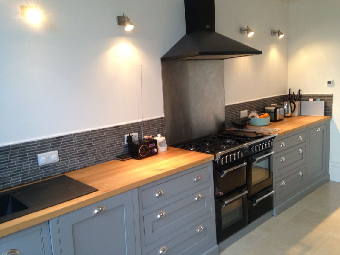 new grey shaker kitchen oak worktops home ideas grey. Black Bedroom Furniture Sets. Home Design Ideas