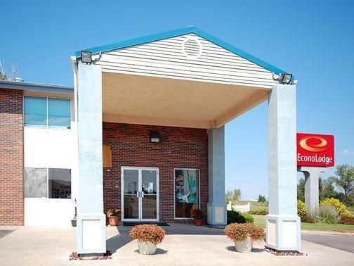 Brush Co Econo Lodge United States North America Stop At To Discover The Wonders Of Hotel Has Everything You Need For A