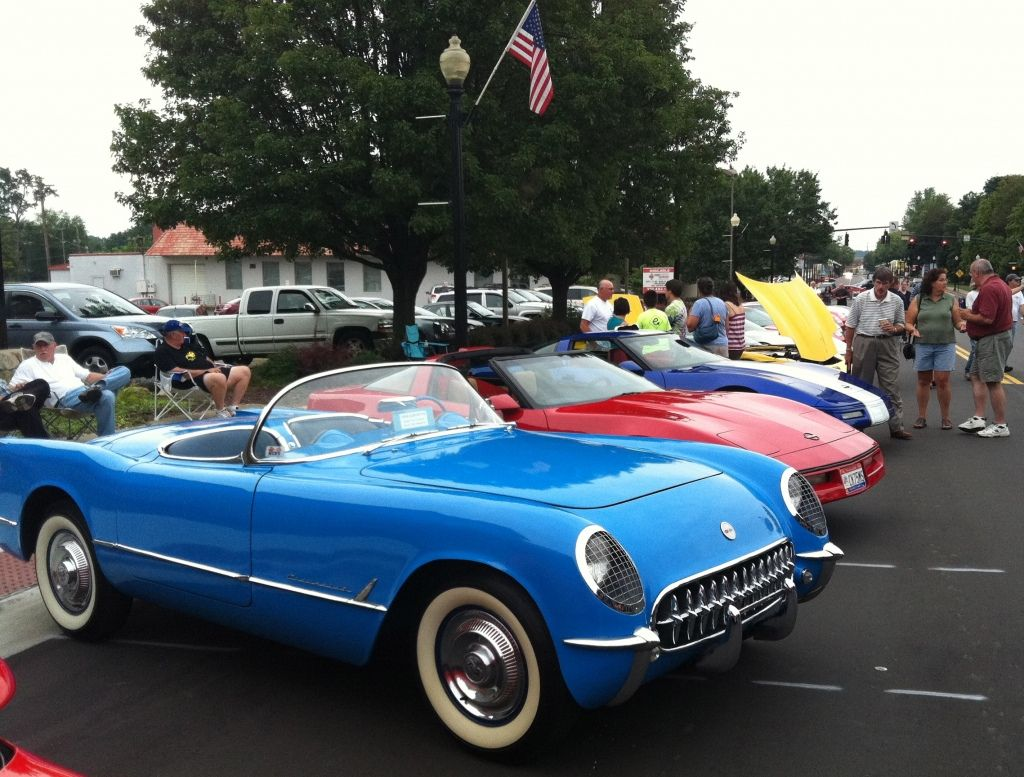 Corvettes At The Main Street Festival