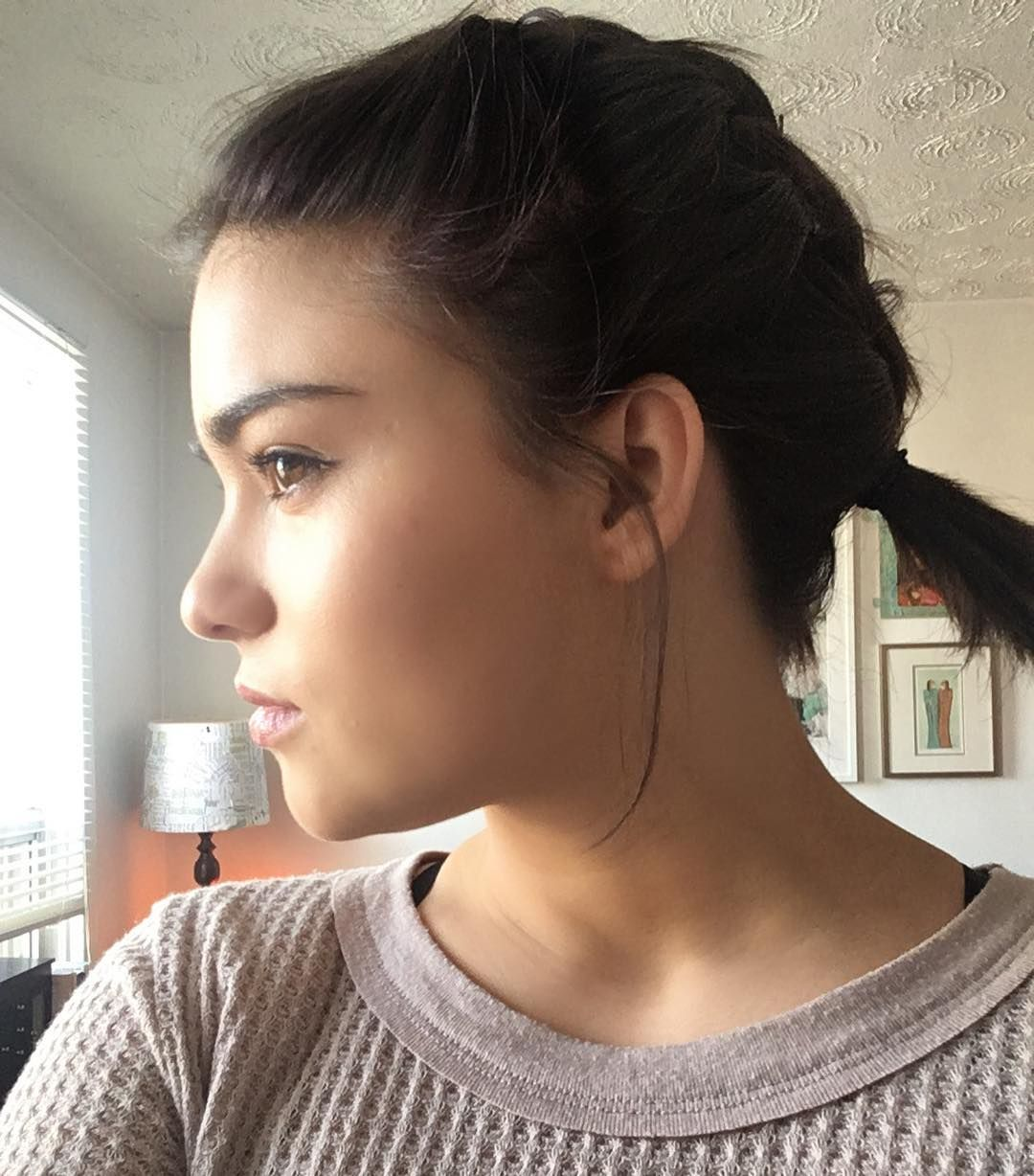 Devery Jacobs Short hair styles, Devery jacobs, Cool
