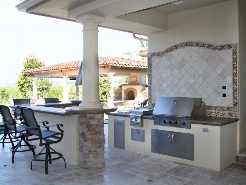 Idea Tile Design Behind Grill Kitchen Design Mini Backyard
