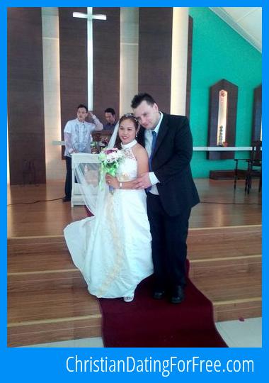 Mature style wedding dresses