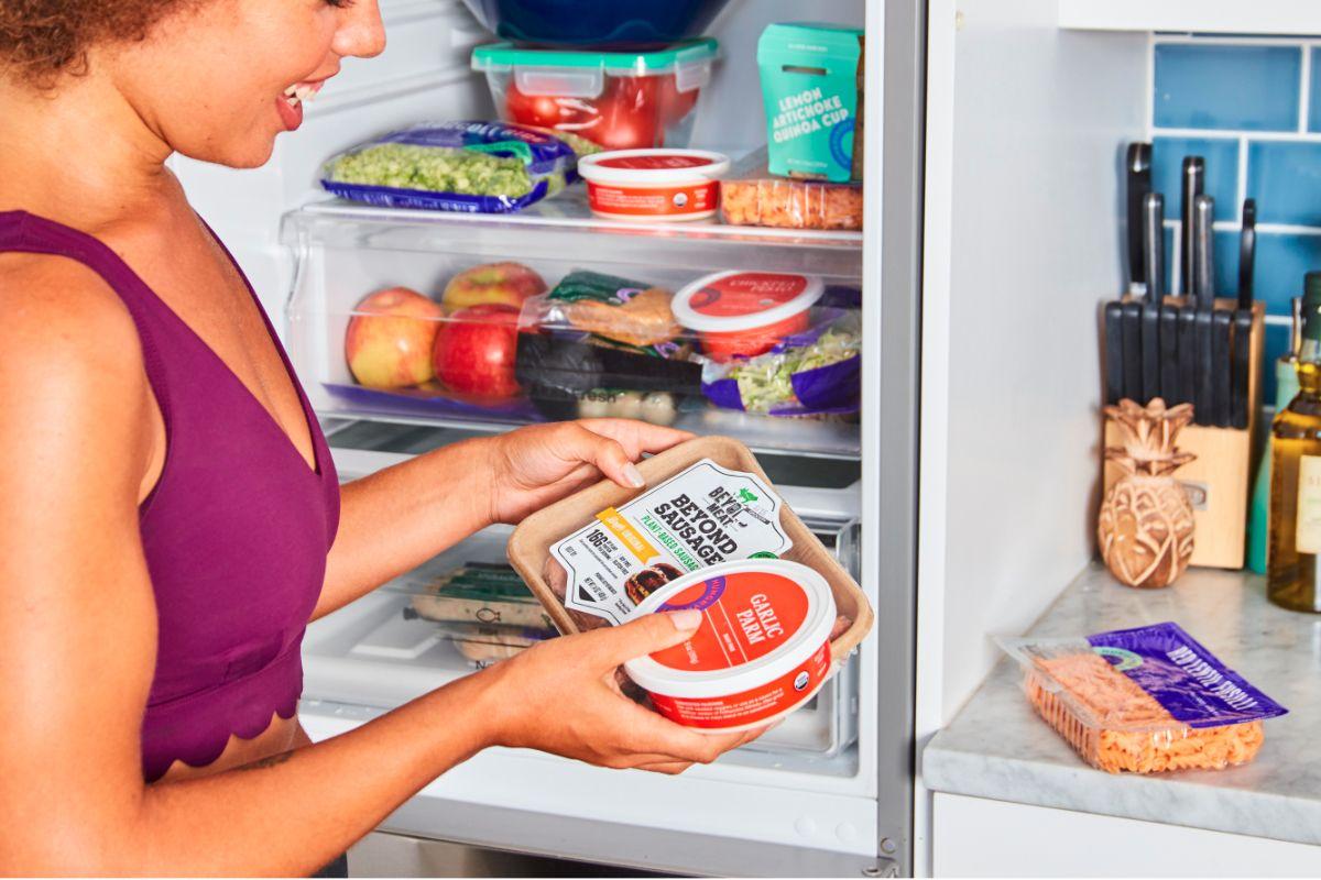 Online food retail startup battling big grocery 201910