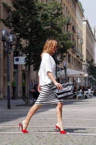 Io amo la vita , il sole , lo shopping ed essere di buon umore. Voglio condividere con Voi questa mia filosofia di vita ... #fashion #streetstyle #style #moda #best #outfit