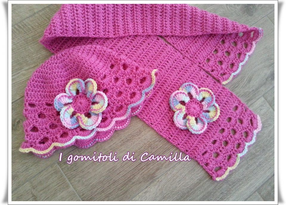 Sciarpa e cappellino a uncinetto  i tutorial di Camilla  97acbf1ff38f