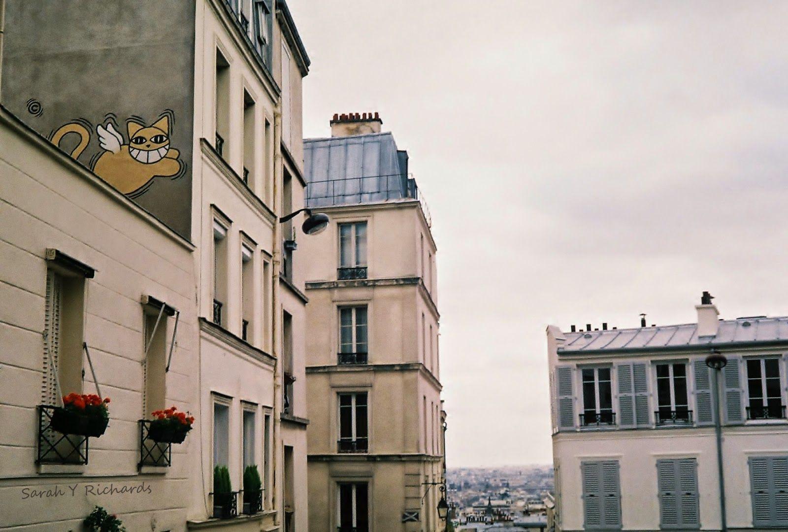 Things #gratis at # Paris! No. 27 see the street art in the city, more tips here https://bit.ly/1yvMOn8                                             ******                              Cosas #gratis en #París! N° 27 ver el arte callejero de la cuidad, más consejos aquí https://bit.ly/1yvMOn8 #travel #viajar #Paris #Tips #consejos #París #Francia  #France #Europe #Europa #mochilero #backpacker