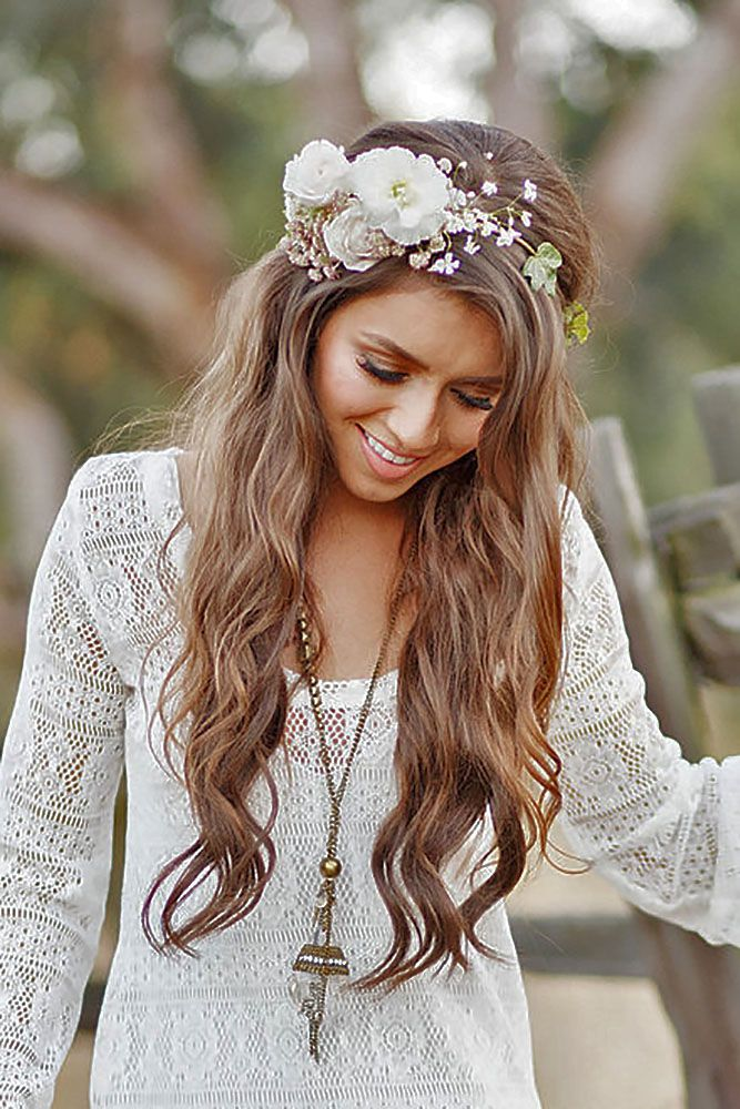 20 boho inspired unique and creative wedding hairstyles bohemian wedding themes are actually taking over