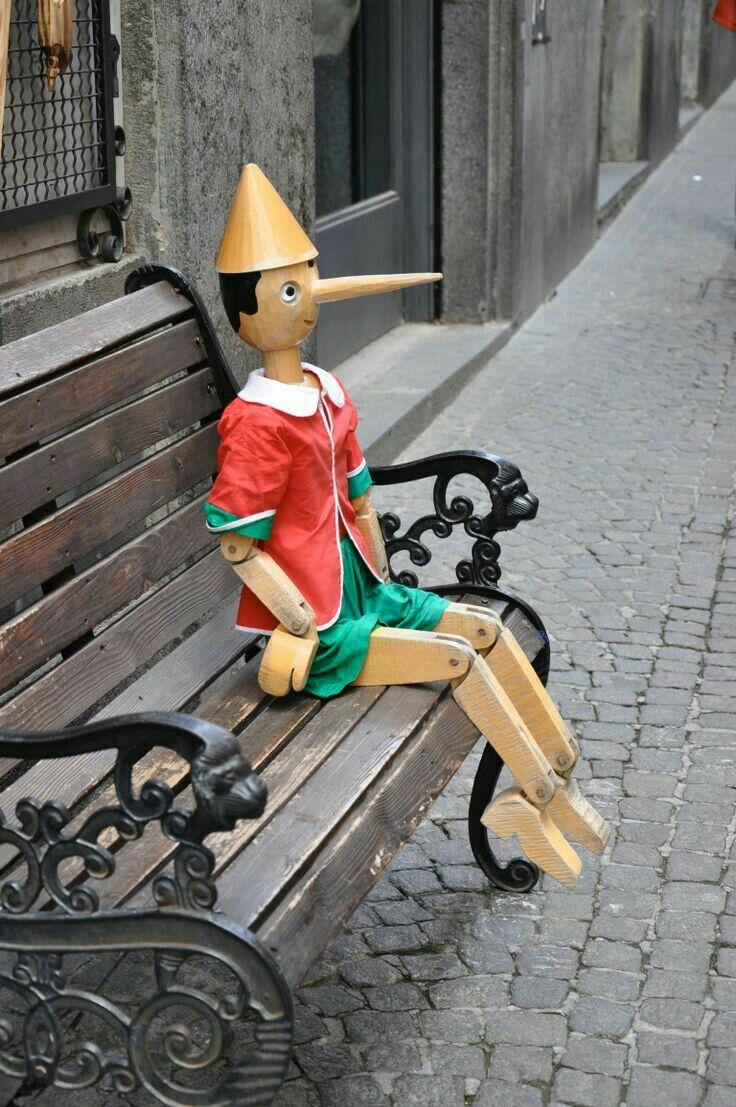 старинная скульптура пиноккио фото части случаев новообразования