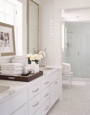 Timeless Bathroom Design Organized Bathrooms Clean And Clutterfree  Calacatta Gold