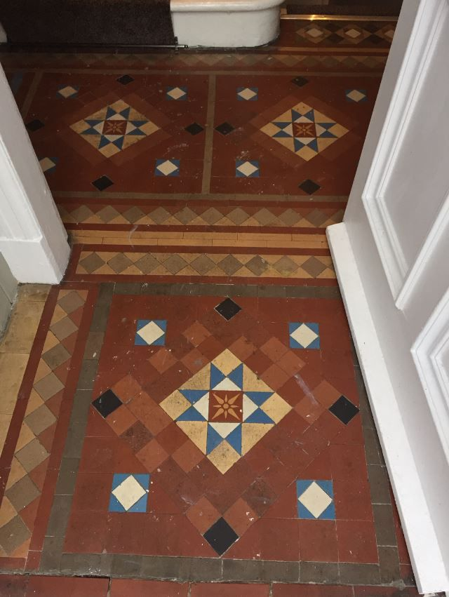 Image Result For Black And White Victorian Floor Tiles With Border Victorian Hallway Tiles Victorian Tiles Victorian Hallway