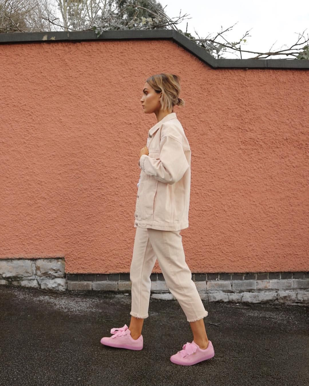 K Likes  Comments Alicia Roddy Lissyroddyy On Instagram  C B Pink Puma Suedepuma Suede Outfitthe