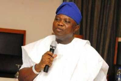 GbolaMedia's BLOG: Gov. Ambode: We,Will Remove Those Yellow Buses Cal...