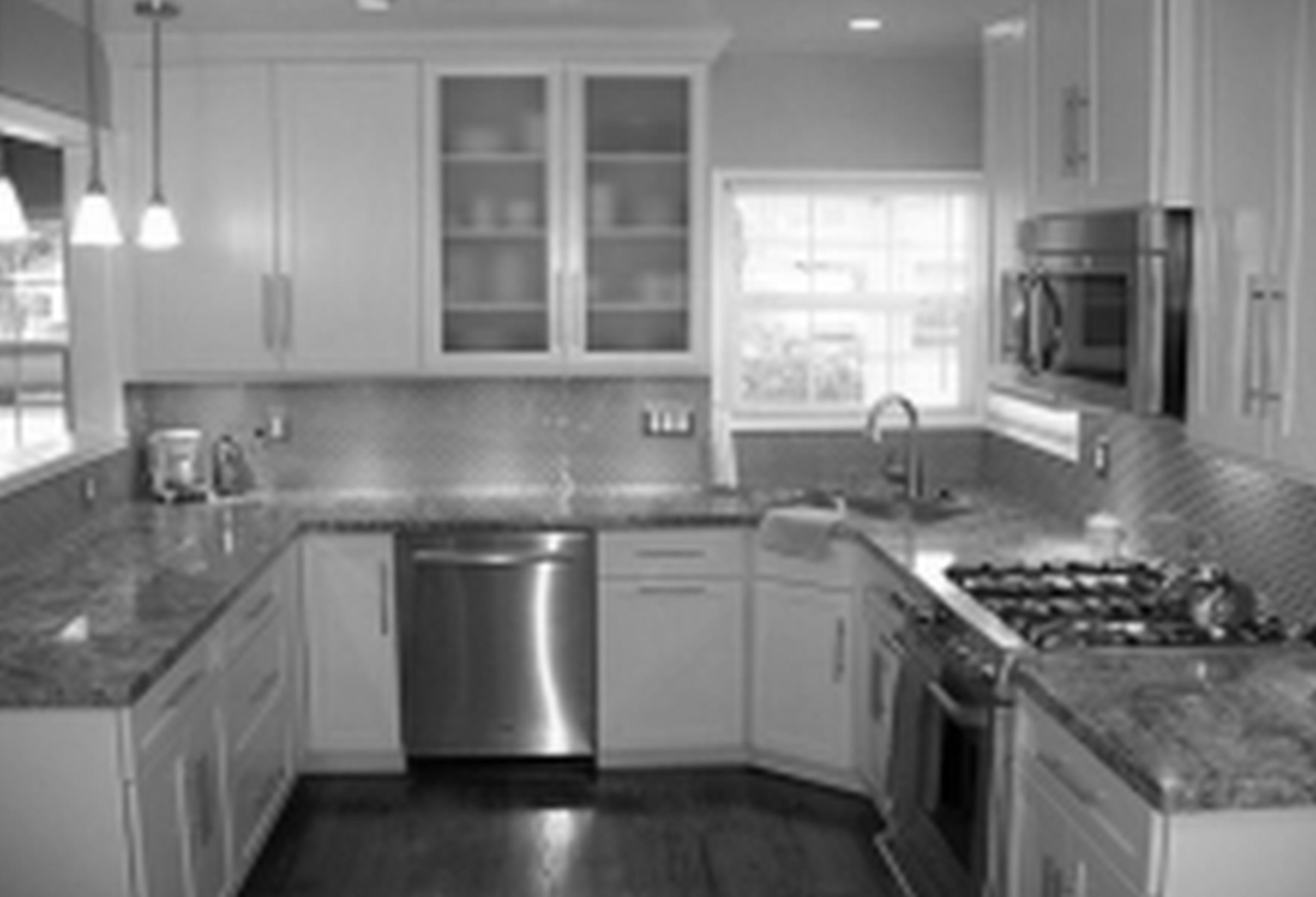 Outstanding U Shaped White Kitchen Ideas With Corner Sink Kitchen Added Curved Faucet Also Frosted Glass Door Cabi Spülbecken Design Küchendesign Schrank Küche