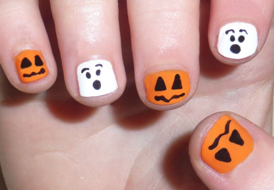 Halloween nail art designs for short nails