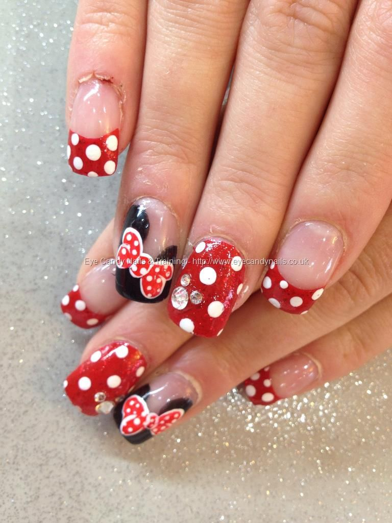 Minnie Mouse freehand nail art with Swarovski crystals | Uñas ...