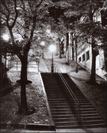 rene jacques - escalier, montmartre, c.1950. beautiful
