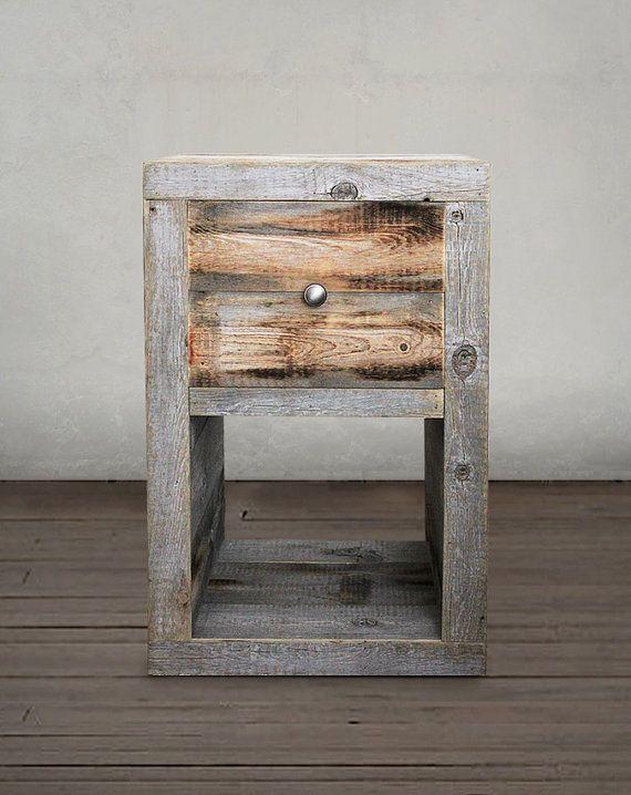 Reciclado de mesita de noche madera tabla de extremo for Mesas de noche de madera