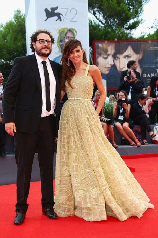 Comienza la 72 edición del Festival de cine de #Venecia y no queremos que pierdas de vista ninguno de los #looks estrella: Goya Toledo  #redcarpet #outfit #vestidos #alfombraroja