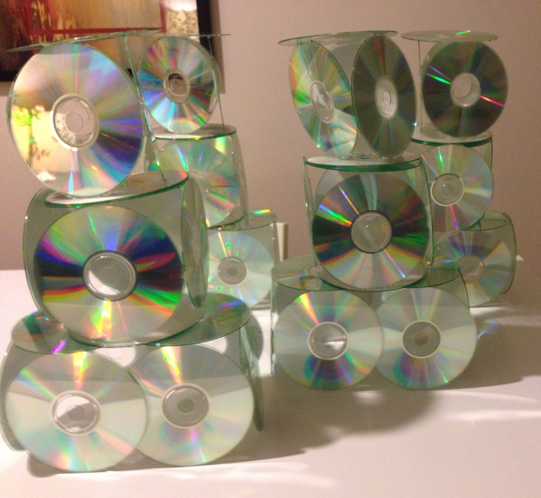 CD Tower Centerpieces, Made With CDs And A Lot Of Hot Glue