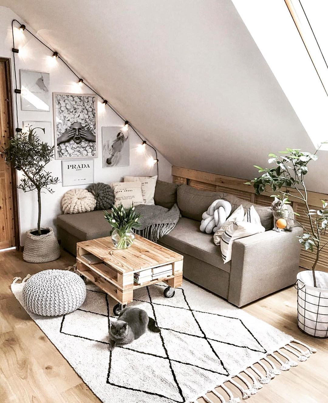 """Cosy Home Shots auf Instagram: """"Hallo, habe diese gemütliche Ecke von @tatiana_home_decor so ..."""