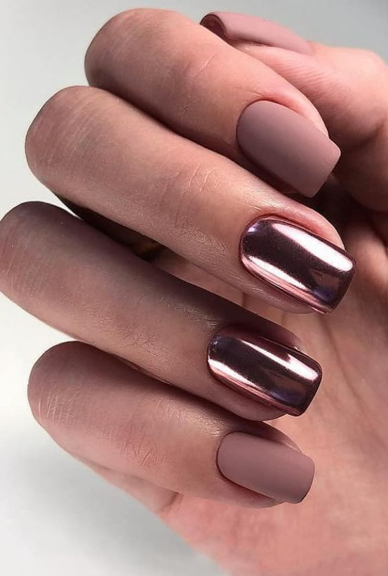 20 Cute and Awesome Nails Design Ideas for Prom - Topkerja.com