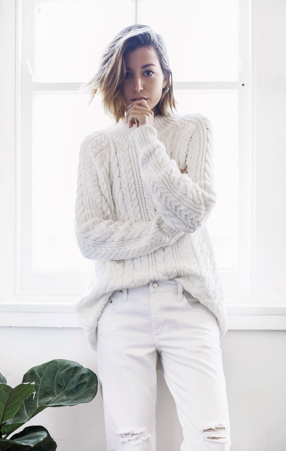 A Handy Guide to Living in Your Oversized Sweater All Winter   StyleCaster 8173a075b973
