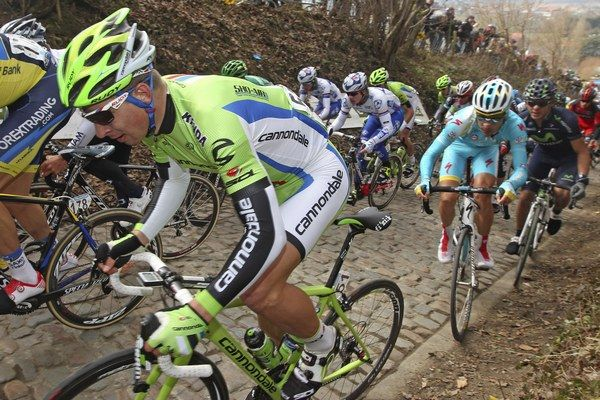 Peter Sagan ide na preteky, kde bicykel tlačia aj profesionáli