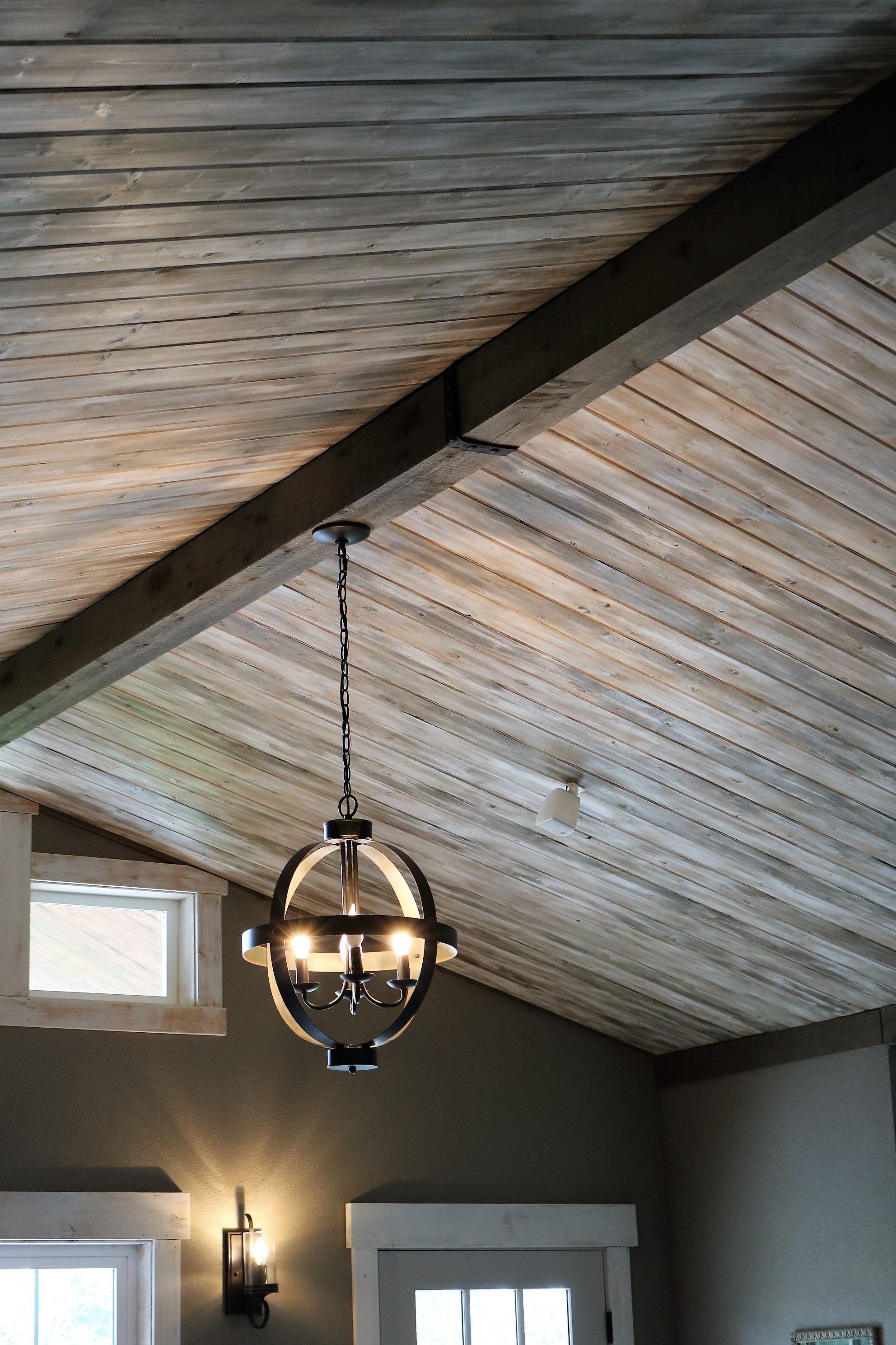 Tongue And Groove Pine With Distressed Paint Technique Faux Cedar Beam Tongue And Groove Ceiling Tongue And Groove Walls Tounge And Groove
