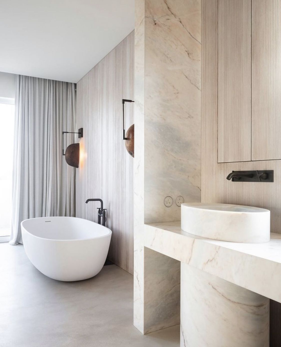 Pin By Orion On Bundy Modern Home Interior Design Bathroom Interior Design Interior