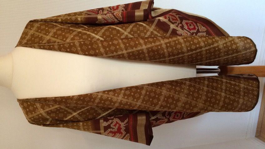 http://www.crowdfunder.co.uk/juliaheartsu-kimonos/