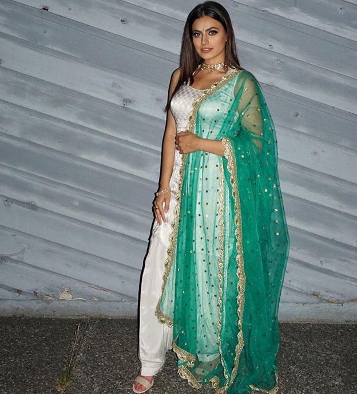 pintrest@Dixna deol | DESIGNS | Pinterest | Punjabi suits, Indian ...