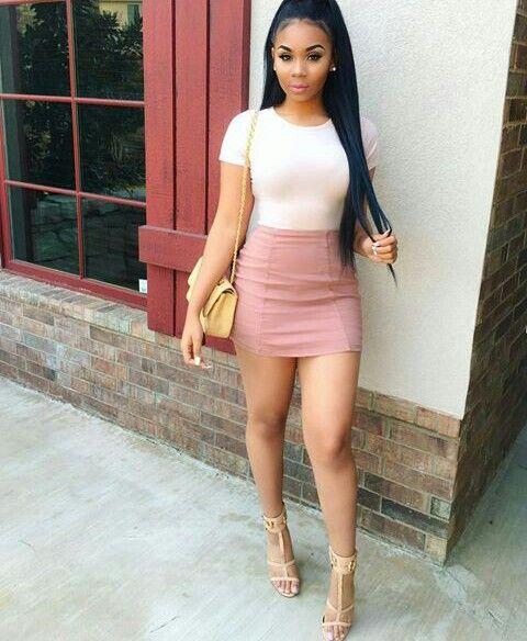 Hot Girl Tight Skirt