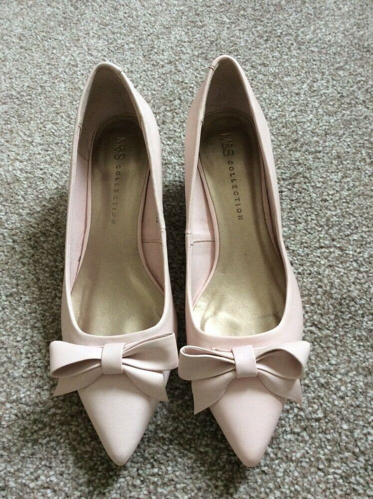 M S Ladies Shoes Kitten Heels Pink Bows Cute Uk 3 5 Occasion Kitten Heels From Ebay Uk Kittenheels Heels 2 5 Kitten Heel Shoes Latest Ladies Shoes Heels