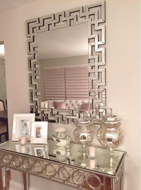 22 tendencias en muebles con espejo 22 living rooms - Decoracion con muebles antiguos ...