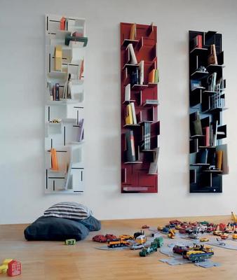 Jeri S Organizing Decluttering News Using The Walls Shelving With Style Minimalist Bookshelves Creative Bookshelves Shelves