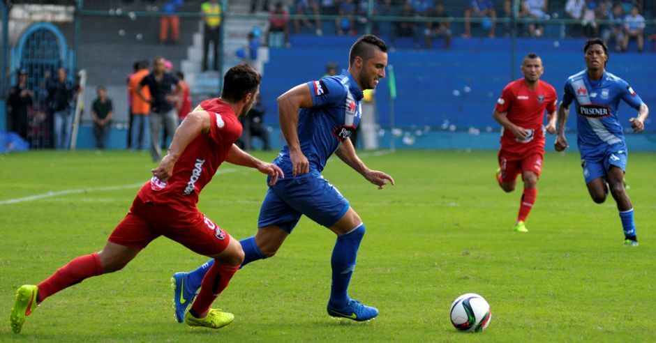 Watch Live Streaming Emelec vs River Plate Preview and