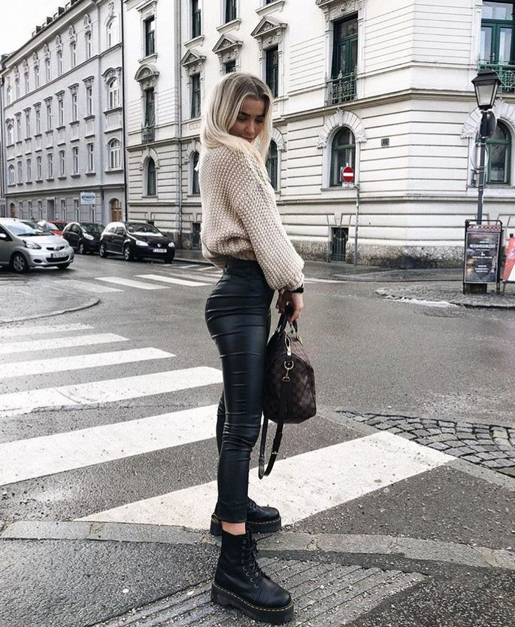 fall style || fall fashion, fall inspo, free people style, street style, city st…