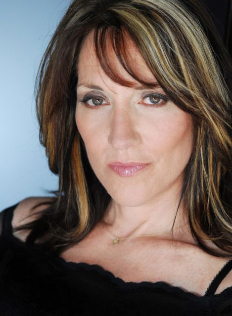 Star Of Sons Anarchy Great As Gemma Well Her Unforgettable Peg Bundy Husband Is Kurt Sutter Writer And Creator