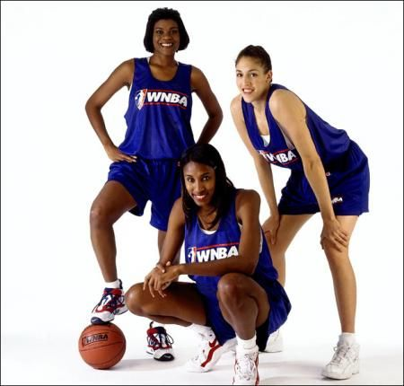 Part Of The Reason The Wnba Is Here Sheryl Swoopes Lisa Leslie Rebecca Lobo Sheryl Swoopes Female Athletes Sports Women