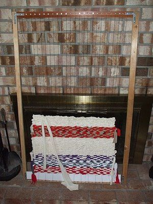 Oodlekadoodle Primitives How To Make And Use A Floor Loom I