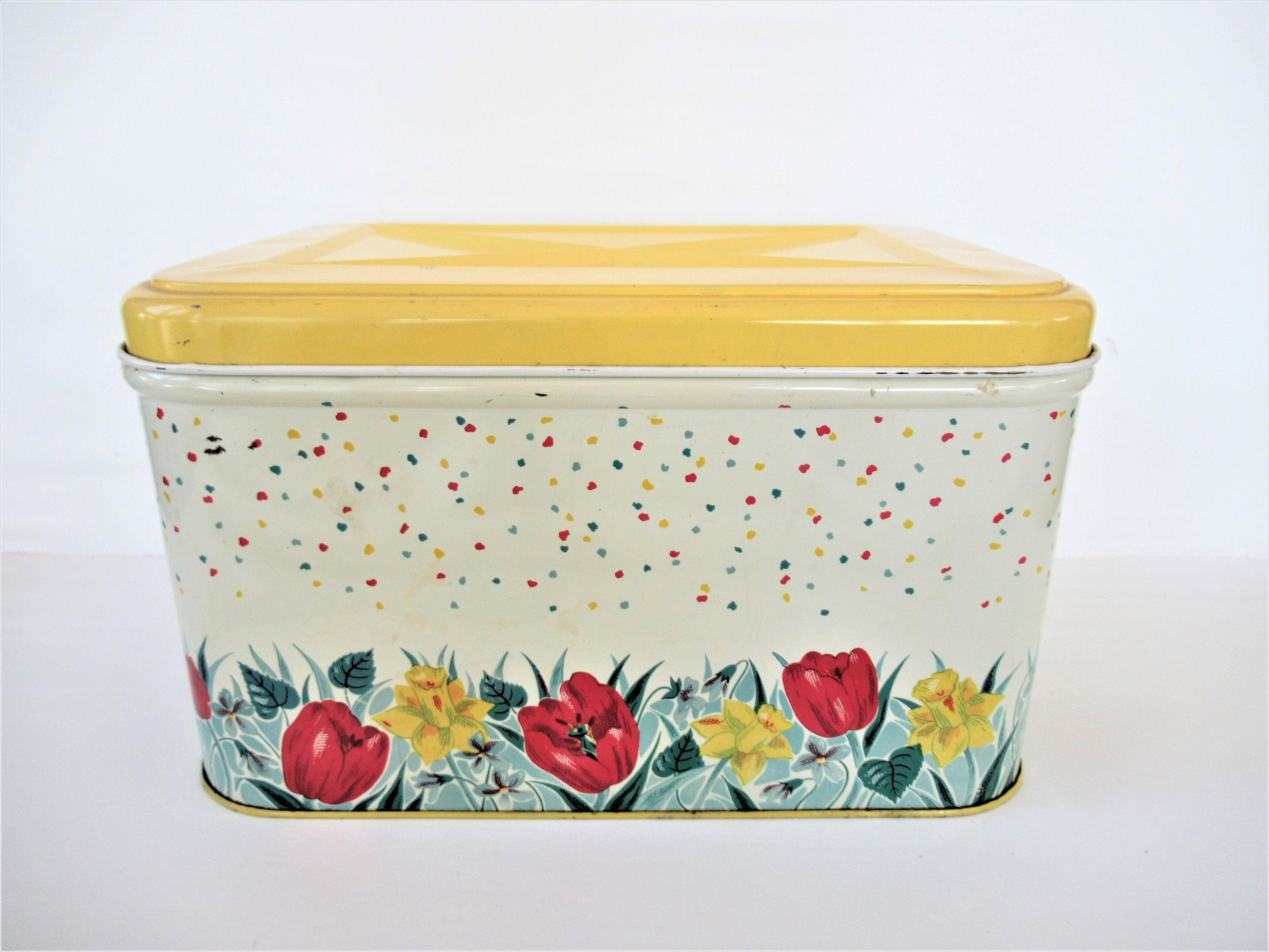 Vintage Colorware Metal Bread Box Large Picnic Tin Basket Yellow Red Green Tulips Daffodils Mid Century Hinged Top Storage Bin 13x10x8 Mid Century Storage Red Green Storage Bin