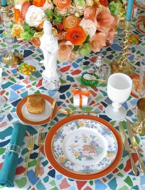 50 Original Printed Tablecloths For Your Wedding Decor   HappyWedd.com