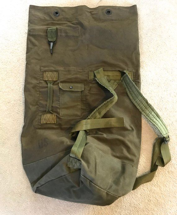 army duffle bag . 80s army duffle bag . vintage US Army duffle bag ... 124e018dd799a