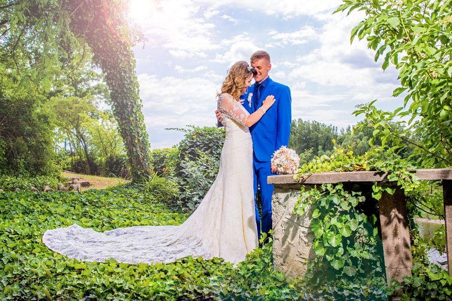 A wedding by arthurgarami