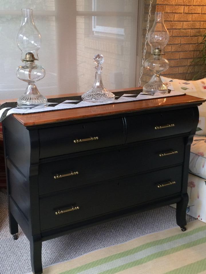 24 Rue Auber Studio Racine Wi Furniture Painting Classes Rethunk Junk Paint For Sale Black Painted Furniture Painted Furniture For Sale Painted Furniture
