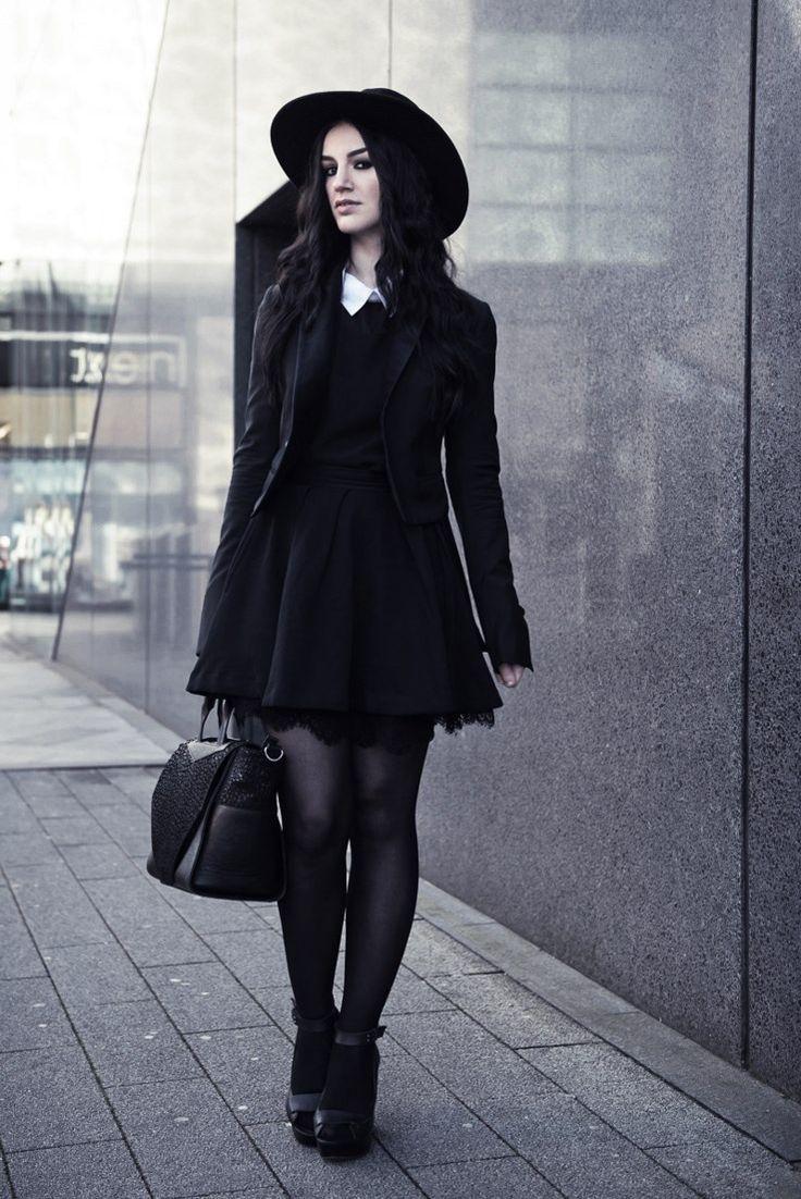 follow me @cushite NuGoth Fashion, Pastel Goth, Goth Girl, Modern ...