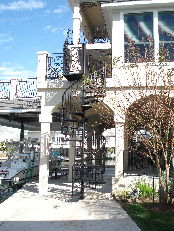 Best Custom Iron Spiral Staircase Www Rossmetalworks Com 640 x 480