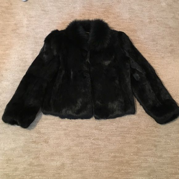 Real fur coat Worn a few times. 100% real fur. Has pockets and hooks for buttoning Jackets & Coats
