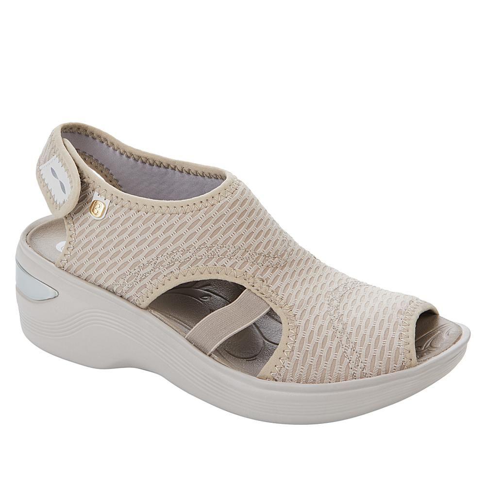 Bzees Dream Washable Peep Toe Wedge Sandal 9253663 Hsn In 2020 Peep Toe Wedge Sandals Fashionable Snow Boots Peep Toe Wedges